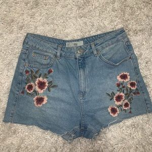 TopShop embroidered mom shorts